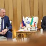 رئیس اتاق بازرگانی روسیه در دیدار با نایبرئیس اتاق ایران خبر داد پذیرش امضای الکترونیک گواهیهای تجاری در گمرکات روسیه؛ بهزودی